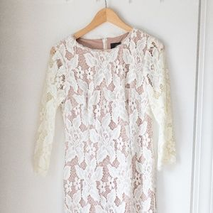 Adrianna Papell Ivory lace w/ nude lining bodycon